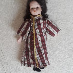 Vintage Japanese girl porcelain doll
